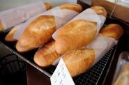 パンチキチキのバゲット。食べやすくて美味しい、自慢のフランスパンです。