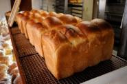 焼き立ての『パン・ド・ミ』。湯種のおかげでモチモチです。