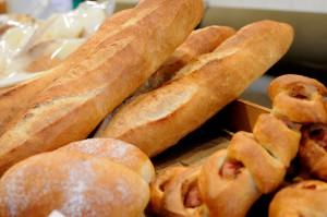 ハード系のパンも充実しています。