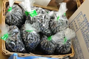 ロハスカフェさんのMy農家発、奈良県産の「黒豆」。